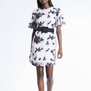 NWT Banana Republic Floral Embroidered Shift Dress